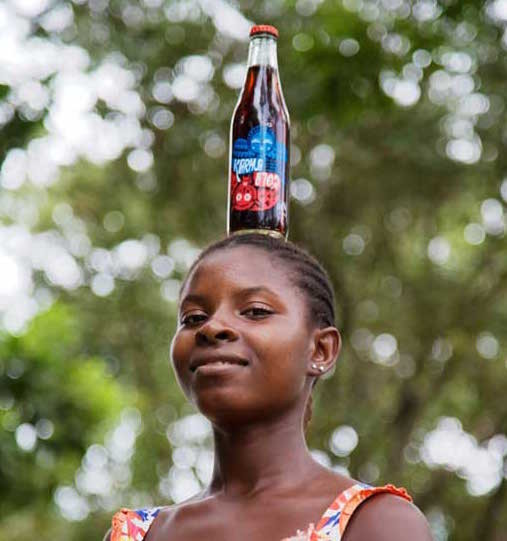 Karma cola på huvudet